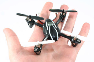 hubsan-x4-led-mini-quad-copter-rtf10375