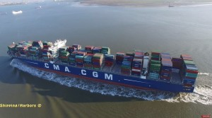 Aerial video's in Antwerpse haven